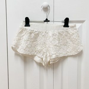 Aerie Lace Sleep Shorts in White/Cream